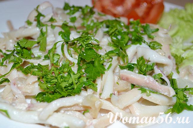 Рецепт салат нежный с кальмарами