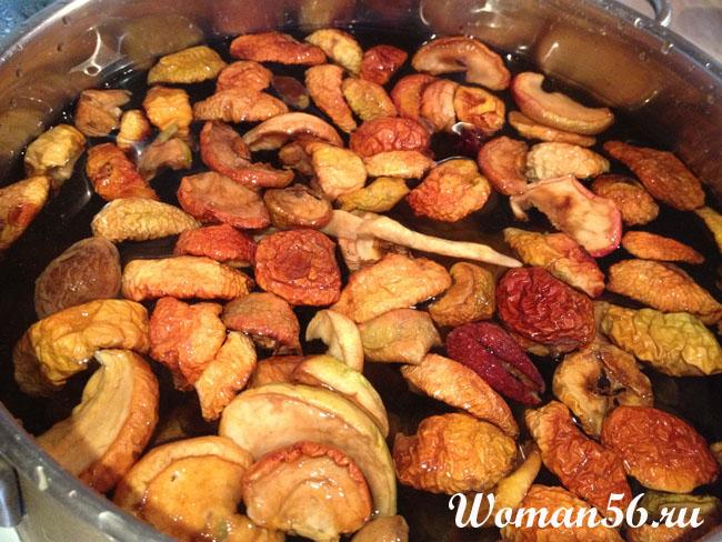 Сколько варить сухофрукты из яблок