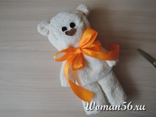 Как сделать из полотенца медведь