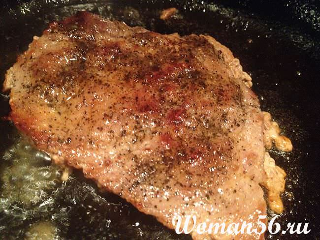 как пожарить отбивную из свинины на сковороде