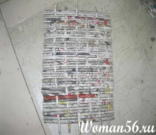 Шкатулка из газетных трубочек для начинающих мастер класс поделка #5