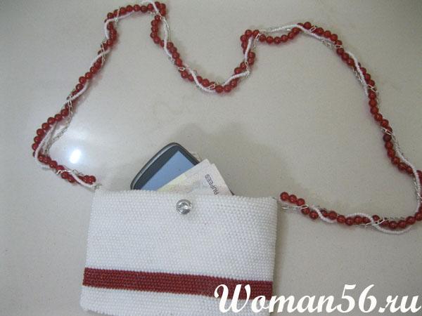 Красивые вязание крючком из бисера сумочек - отличного качеста.