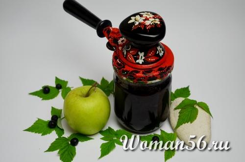 джем из черноплодной рябины и яблок в банке