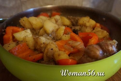 жаркое с мясом лося и овощами