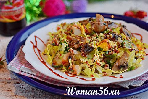 Простой салат из пекинской капусты - рецепт с фото