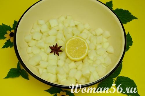 нарезанная дыня с лимоном