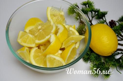 очищенные лимоны для пирога