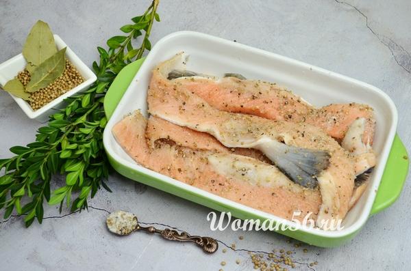 брюшки лосося со специями