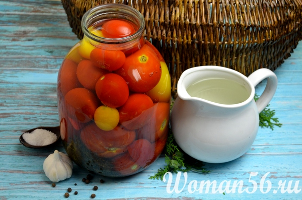 помидоры в банке с маринадом