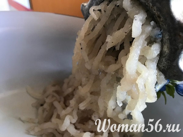 фарш из щуки в мясорубке