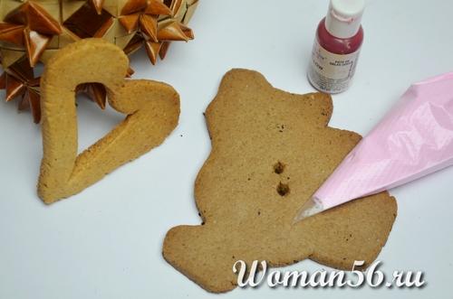 розовая глазурь на печенье