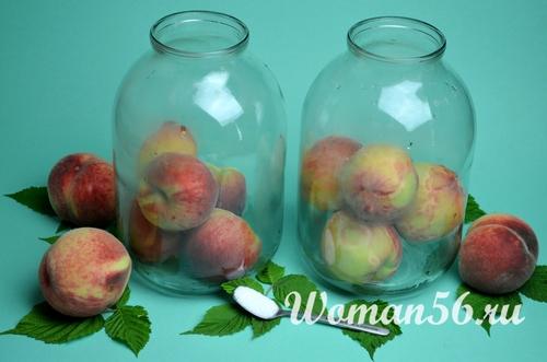 персики в 3 литровой банке