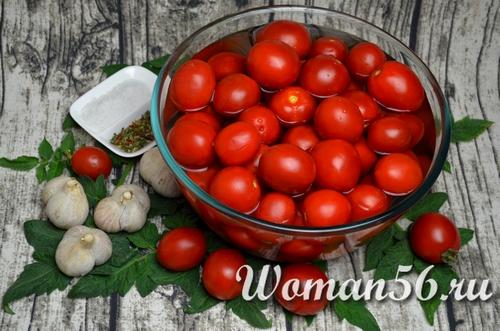 свежие помидоры для вяления