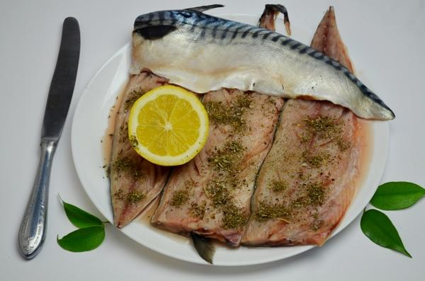 рыба с лимоном филе