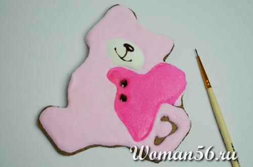 раскрасить печенье валентинку мишку