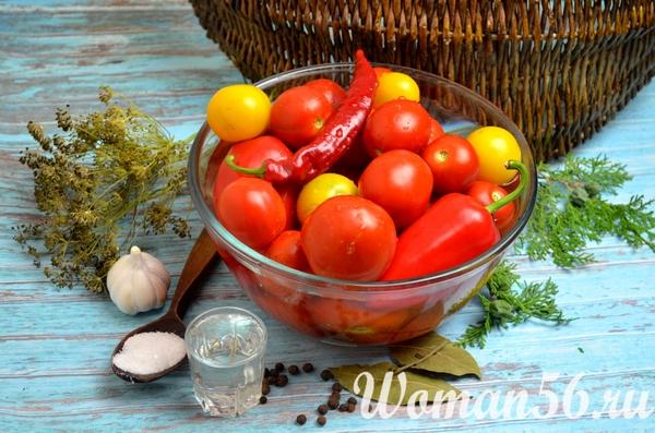 мытые помидоры для маринования