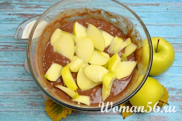 яблоки для шоколадной шарлотки
