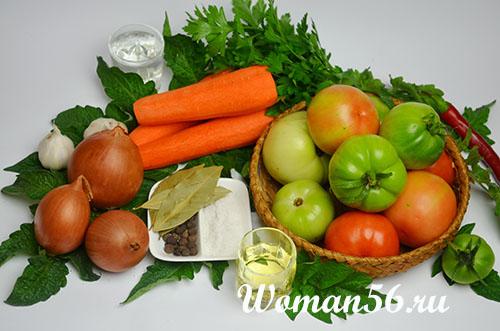 зеленые помидоры с овощами