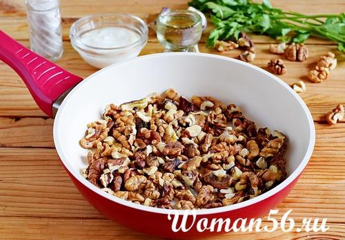 обжаренные грецкие орехи